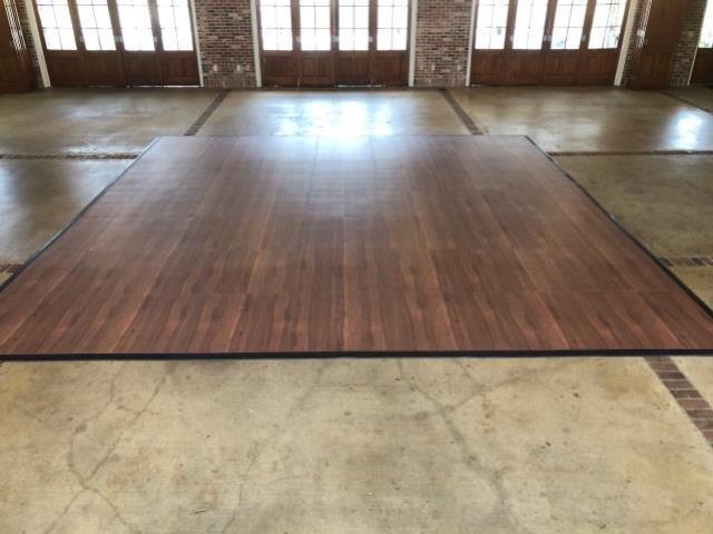 Where to find DANCE FLOOR in Hammond